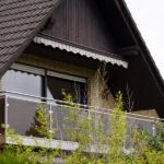 gbaa009 Balkongeländer aus Edelstahl mit Glassichtschutz - Außenanlagen