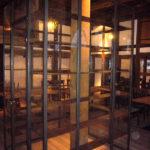 gbmo008 Schaukasten aus gezundertem Stahl, klarmatt pulverbeschichtet für Verkaufswaren - Einrichtungen