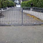 gbto011 Verzinktes Hoftor mit Zierelementen aus Schmiede-Eisen - Tore, Türen & Zäune